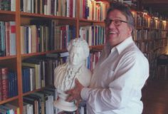 Theemiddag:Joop van Velzen, poëzie en klassieke muziek